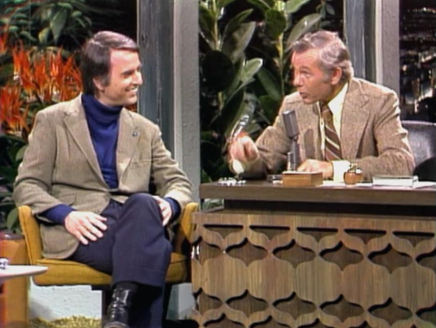 জনি কারসনের সাথে Tonight Show তে কথা বলছেন কার্ল সেগান