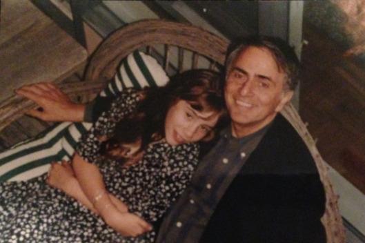 """""""আমার পিতা কার্ল সেগান থেকে পাওয়া মৃত্যুর ধারণা"""" – Sasha Sagan"""